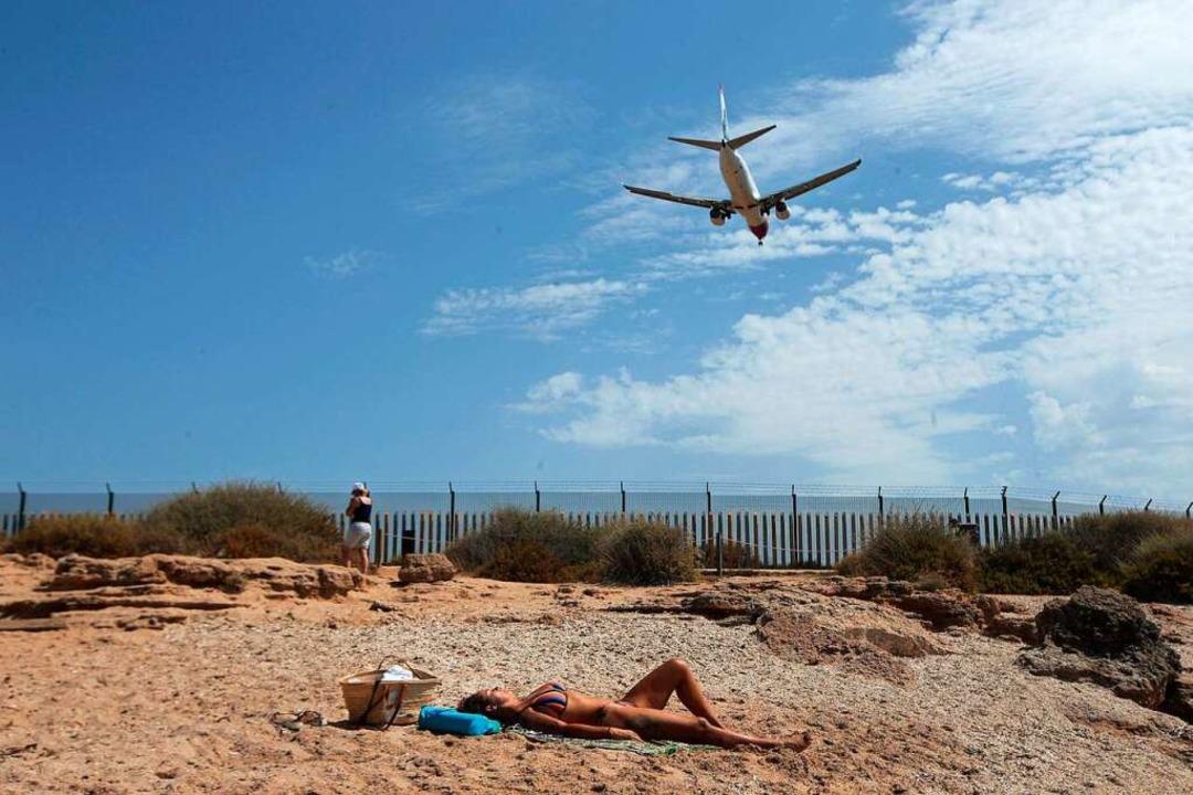 Irgendwann ist der Urlaub vorbei. Wenn...nfelden geht, ist einiges zu beachten.  | Foto: Joan Mateu (dpa)