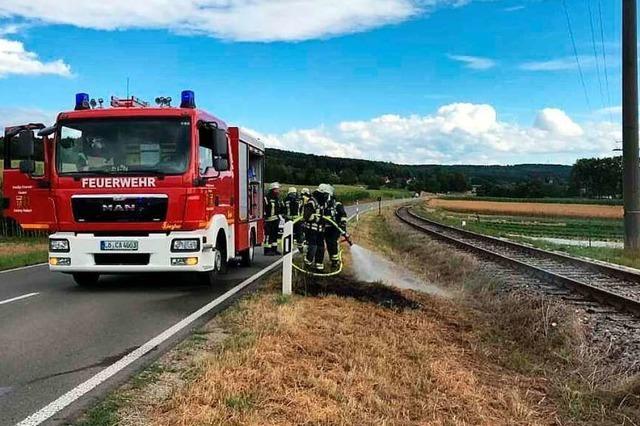 Wenn die Dampflok auf der Kandertalbahn fährt, muss oft die Feuerwehr ausrücken