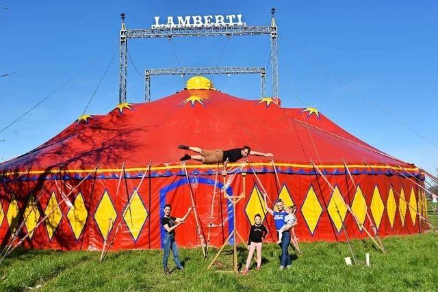 In Gundelfingen starten die Kulturtage im Zelt des Zirkus Lamberti