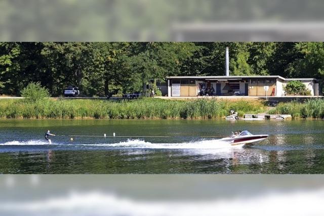Hochkarätiger Wasserskisport vor bis zu 12 000 Zuschauern