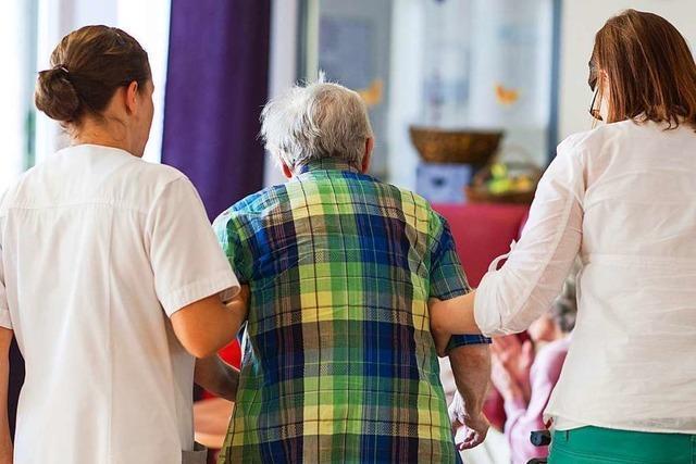 Hilfe bei der Betreuung von Senioren