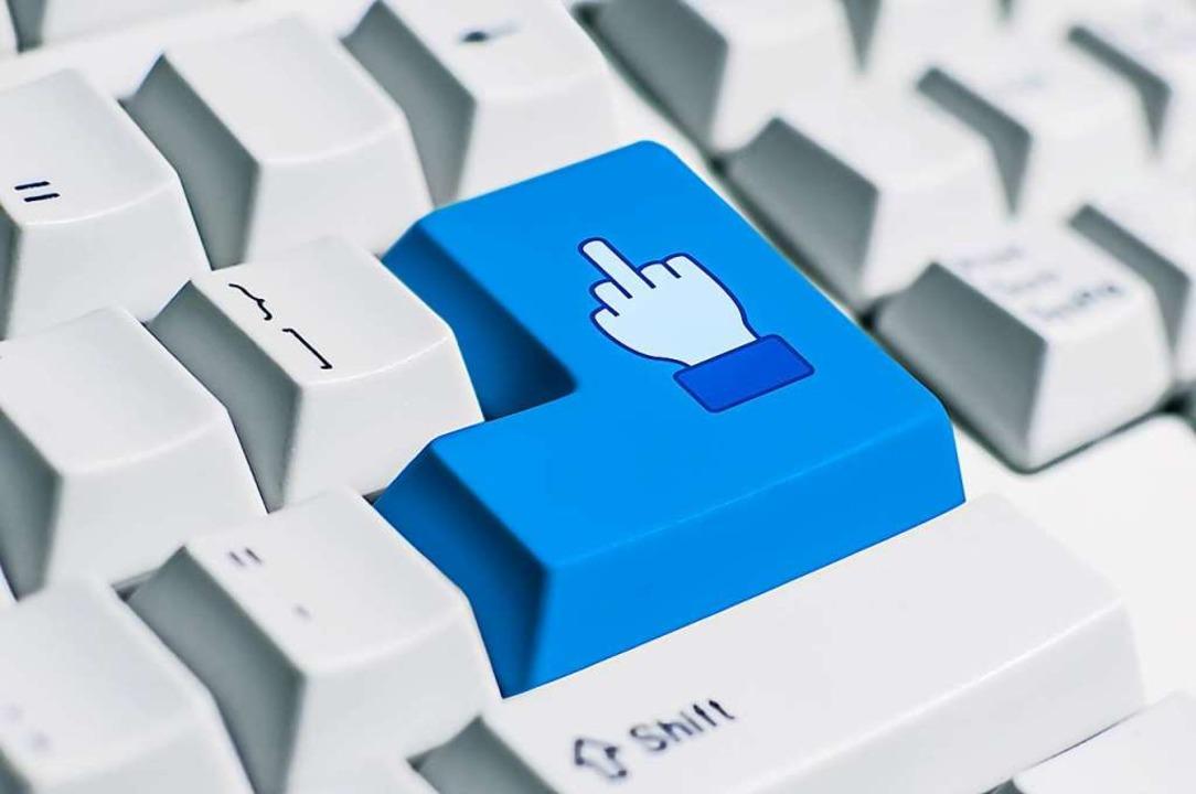 Internet und soziale Netzwerke sind ke...mache können rechtliche Folgen haben.   | Foto: 9'63 Creation (Stock Adobe)