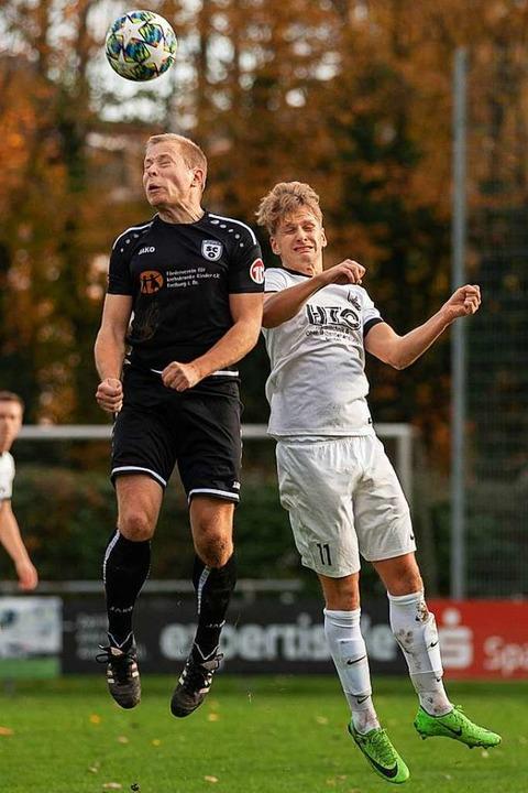 Augen zu und durch in jedem Zweikampf:...seine Teamkameraden beim SC Offenburg.  | Foto: Alexandra Buss