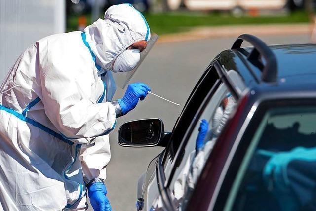 Bayerisches Ministerium: 900 Corona-Infizierte sollen bis Mittag Bescheid wissen