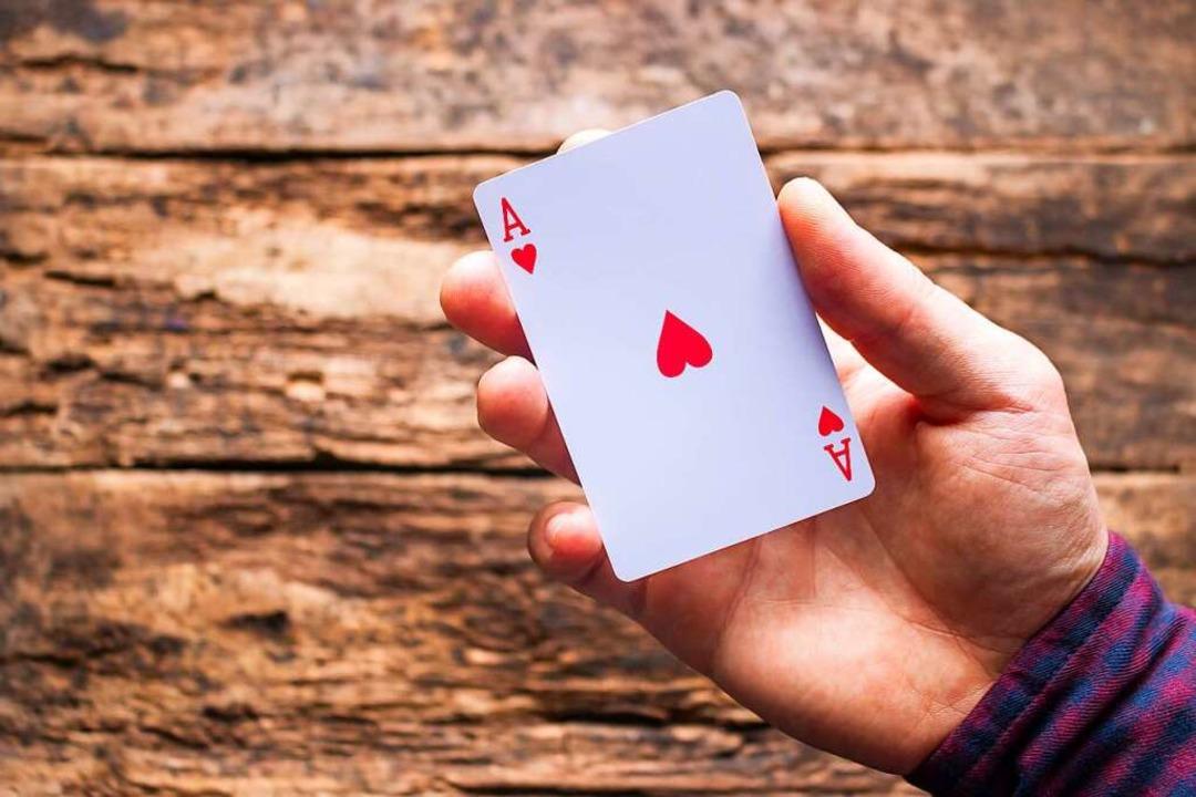 Ass-Karten sind  häufig ein Symbol für Asexualität.  | Foto: stock.adobe.com/itakdalee