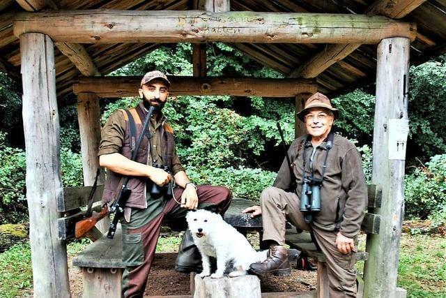 Ein ungewöhnliches Jägerduo geht im Lahrer Forst auf die Pirsch