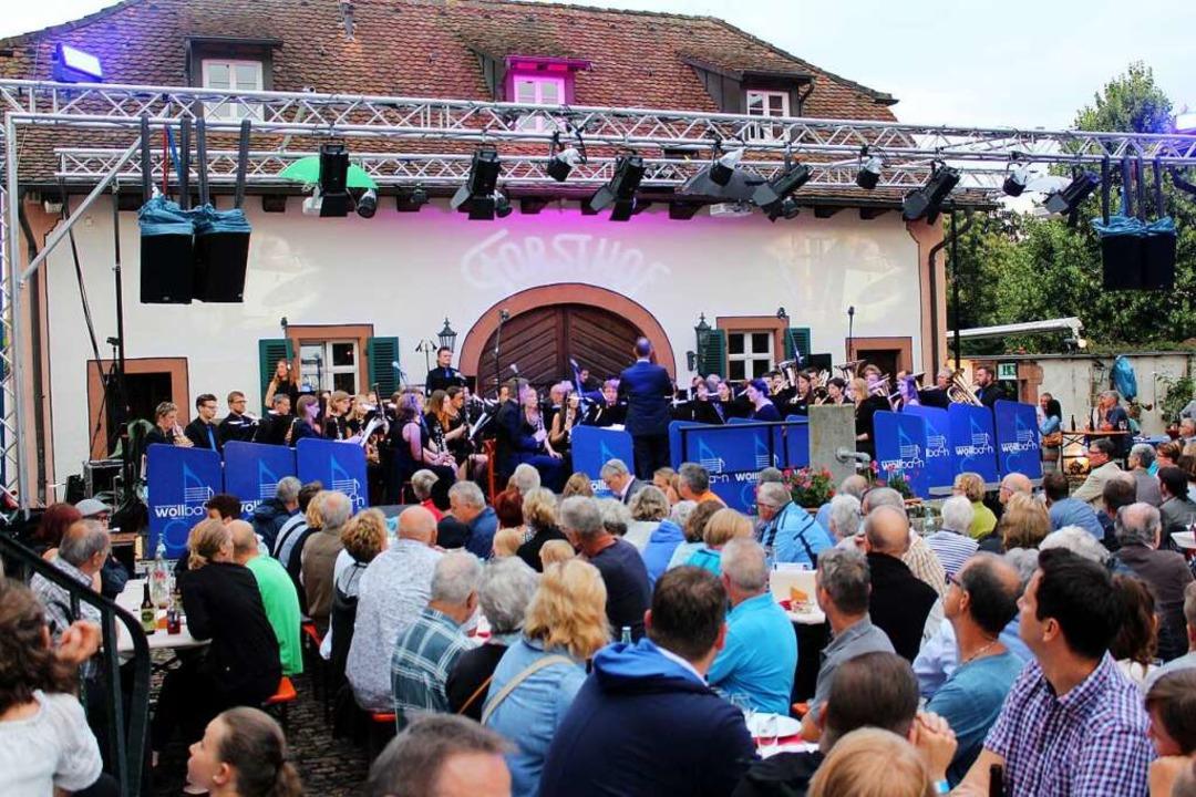 Ein Konzert des  Musikvereins Wollbach im Forsthof  | Foto: Reinhard Cremer