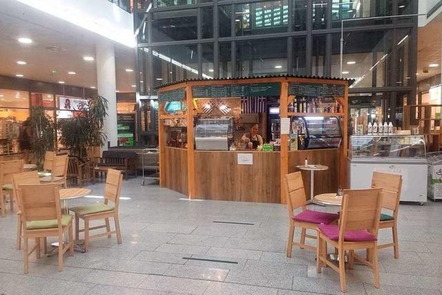 Verborgene Theken: Das griechische Café Ilios im Zentrum Oberwiehre