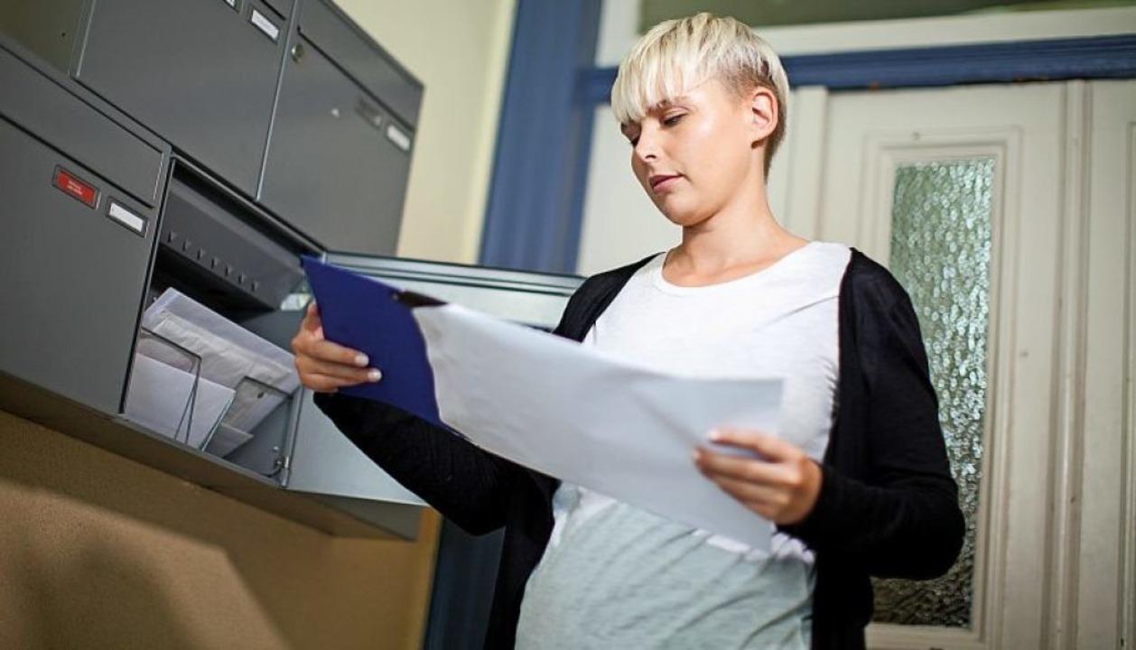 Wer in einer Bewerbungsphase ständig A...erbungsunterlagen zum Check zu zeigen.  | Foto: Christin Klose