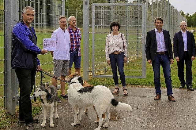 Neue Zaunanlage für Sportplatz in Ettenheimmünster
