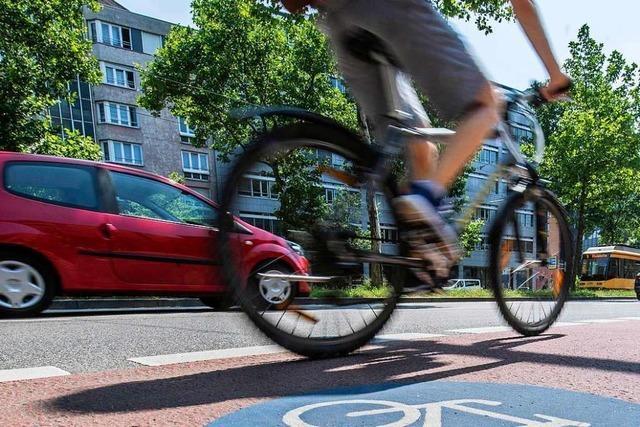 Radfahrer verletzt sich in Wehr schwer bei einem Sturz