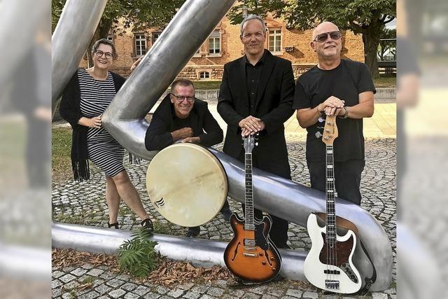 Das Jazzquartett Soft Passage spielt im Biergarten von Borofsky's