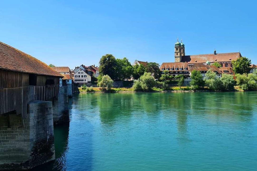 Holzbrücke und Münster in Bad Säckingen  | Foto: Stefan Ammann