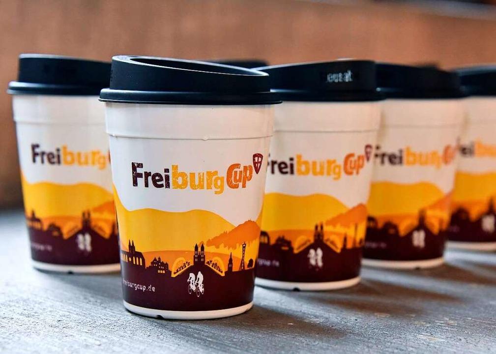 Der Freiburg Cup im neuesten Design.    Foto: Michael Bamberger