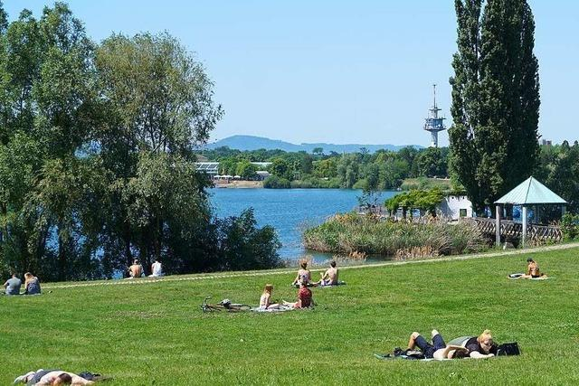 26-Jährige schwebt nach Badeunfall im Freiburger Seepark in Lebensgefahr