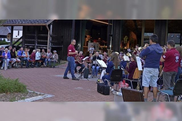 Neue Wege für Erwachsene und Jugendliche zum Musizieren