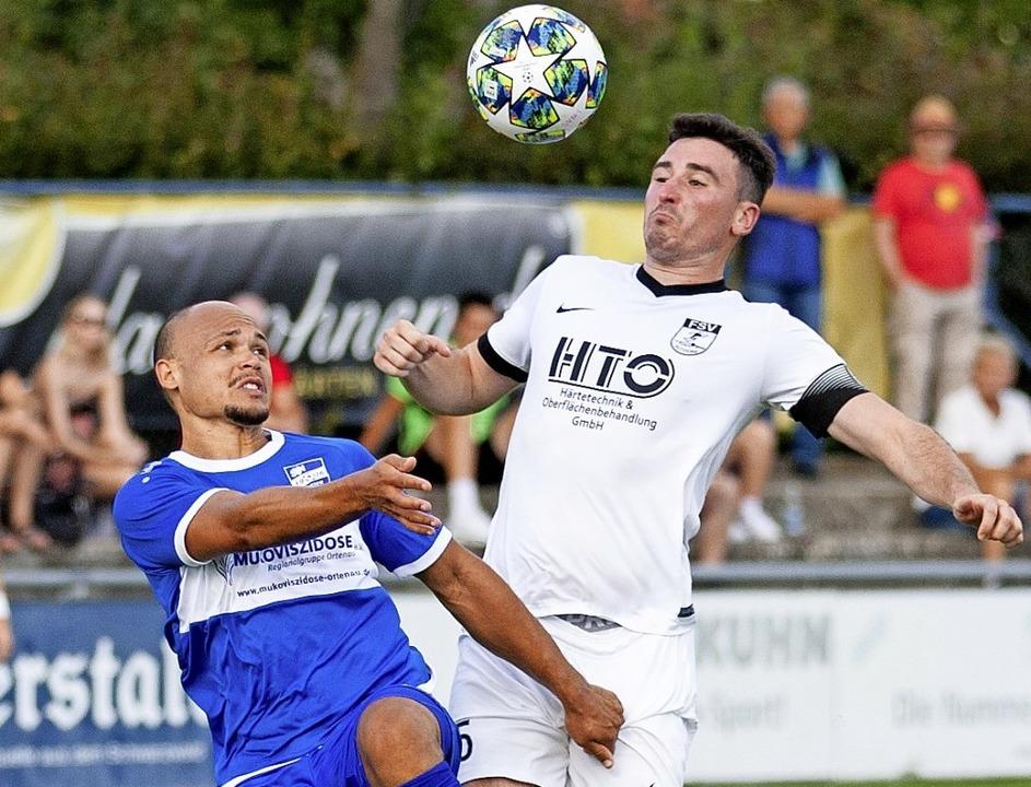 <BZ-FotoAnlauf>Landesliga:</BZ-FotoAnl...iederschopfheim gegen den FSV Altdorf.  | Foto: Alexandra Buss