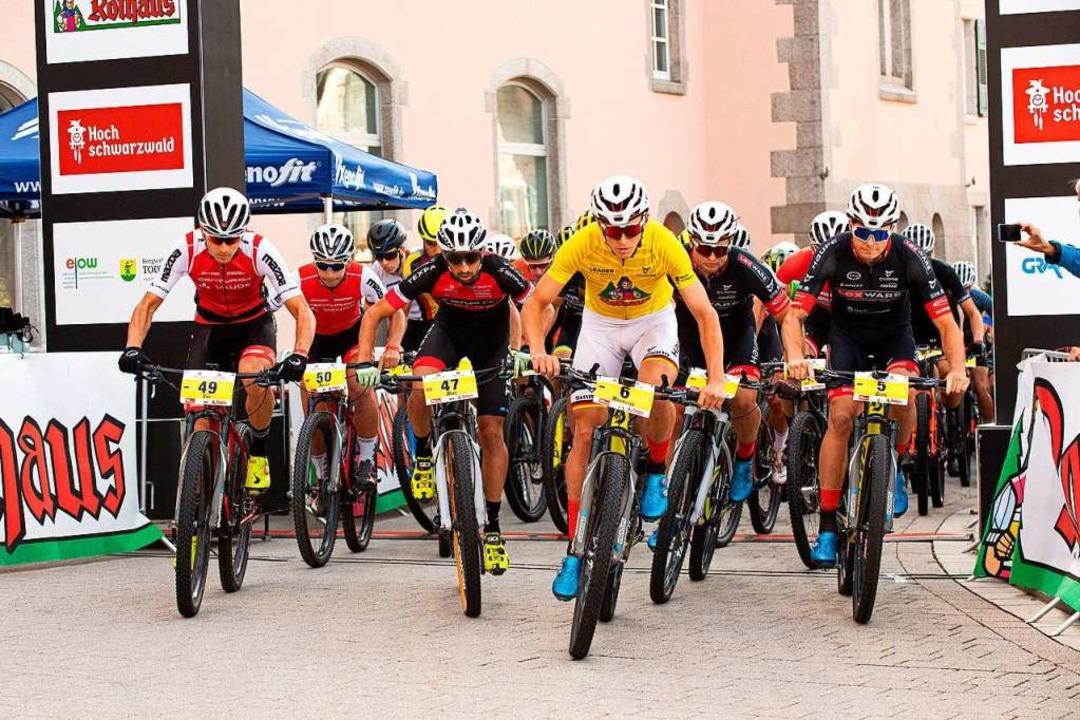 Grobstollen-Express beim Start am Sonn...) gewann die viertägige Etappenfahrt.     Foto: Wolfgang Scheu