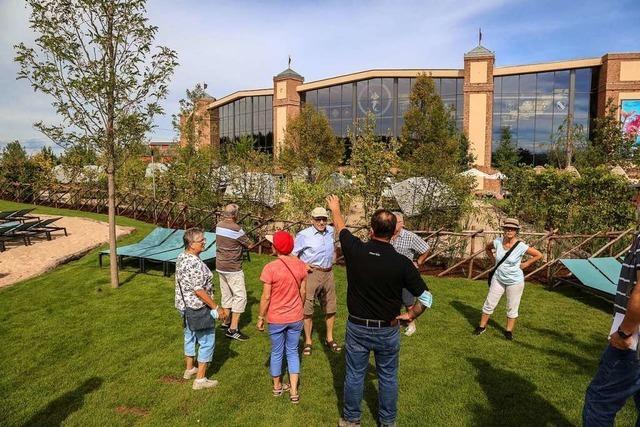 Chefgärtner des Europa-Parks führt durch Grüngürtel um Rulantica