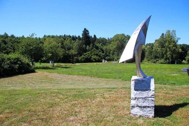 Spannende Skulpturenparks- und wege im Freien gibt es in Neuried, Durbach und Zell am Harmersbach