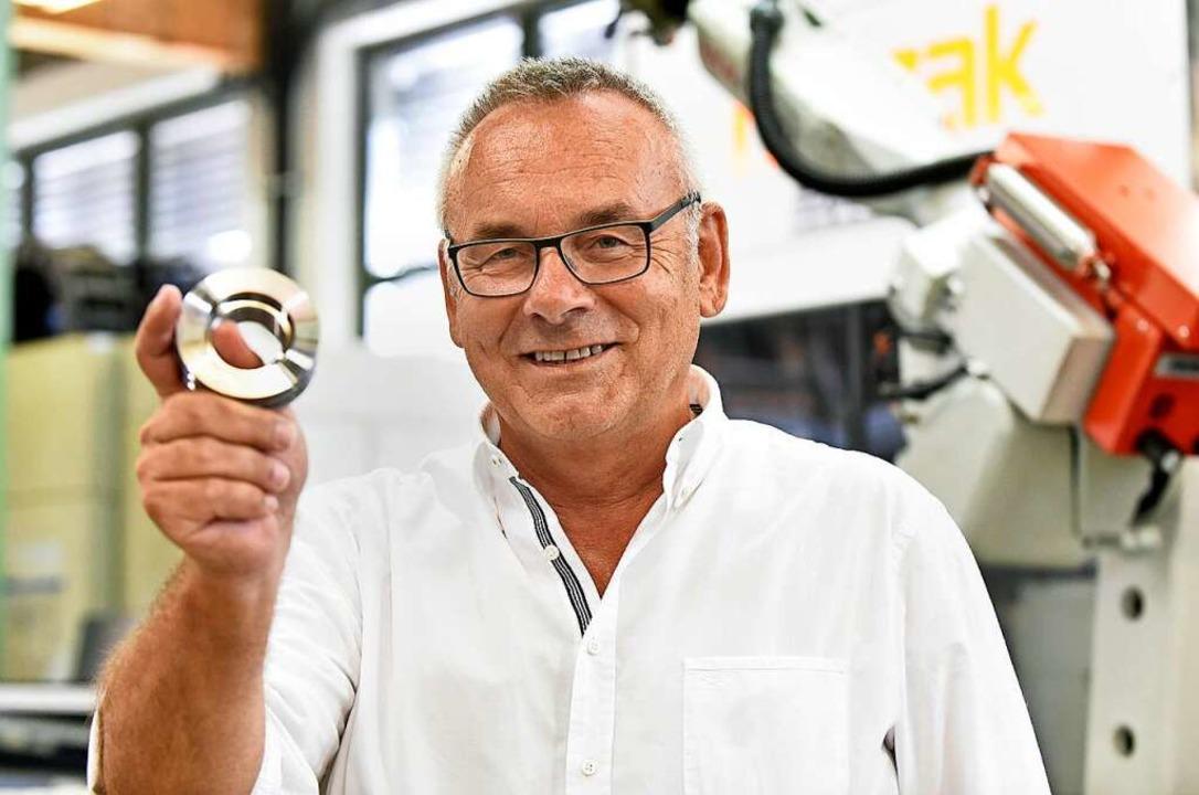 Siegfried Kurek ist Chef der Firma HEB Hydraulik-Elementebau.  | Foto: Michael Bamberger