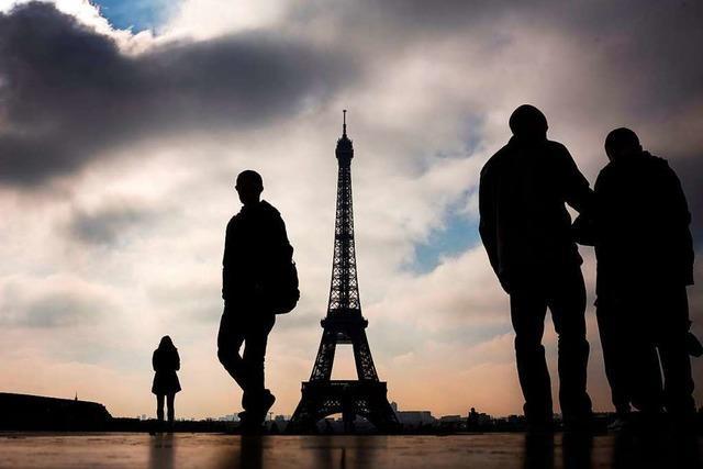 Bundesregierung warnt vor Reisen nach Paris und an die Côte-d'Azur