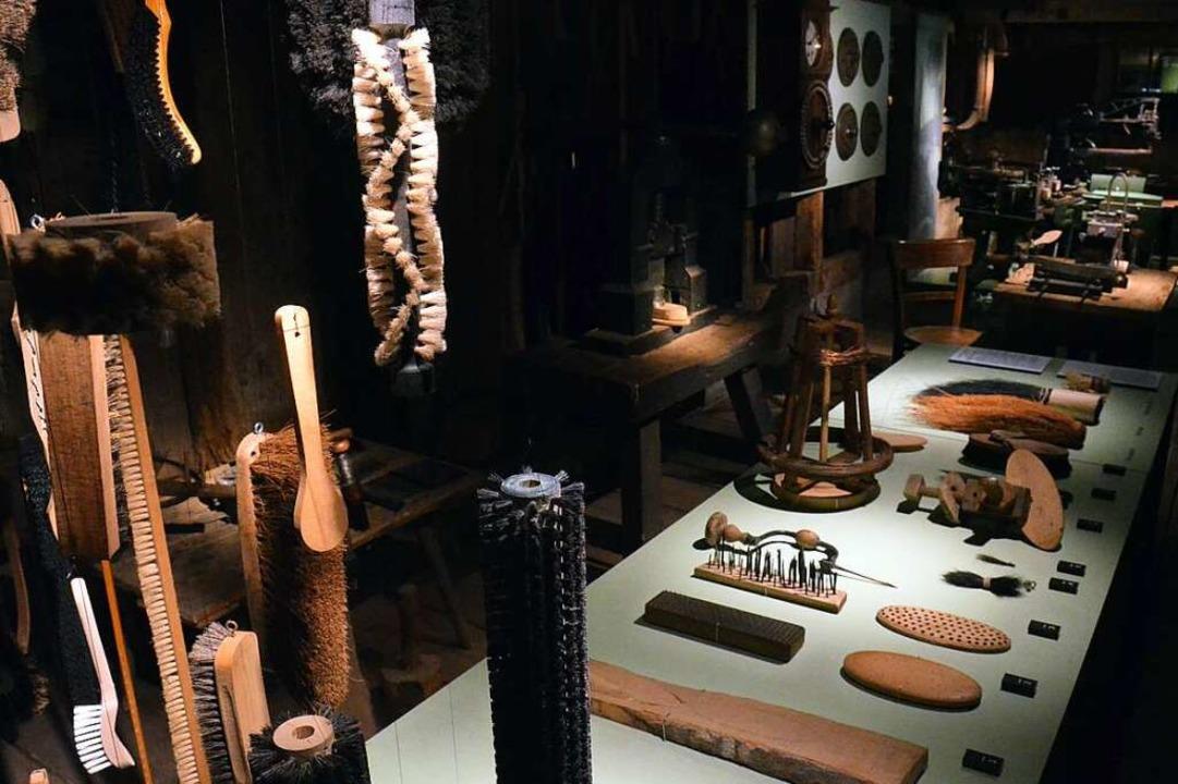 Im 19. Jahrhundert gab es mehr als 200...e Arbeit zeigt das Museum im Resenhof.  | Foto: Sebastian Barthmes