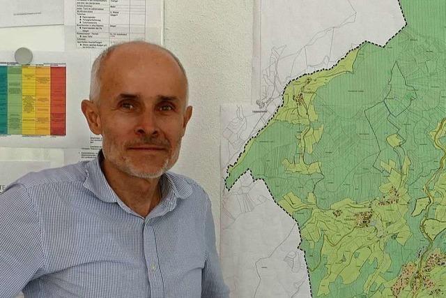 Bürgermeister Mario Singer erklärt, warum er zweimal weg wollte von Malsburg-Marzell