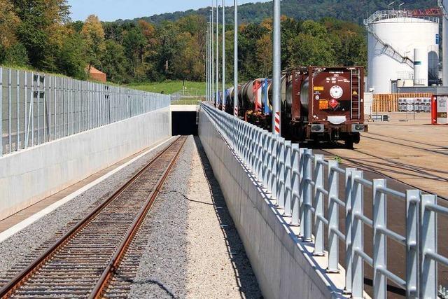 Leistungsfähigkeit der Rheinhäfen Muttenz und Birsfelden steigt