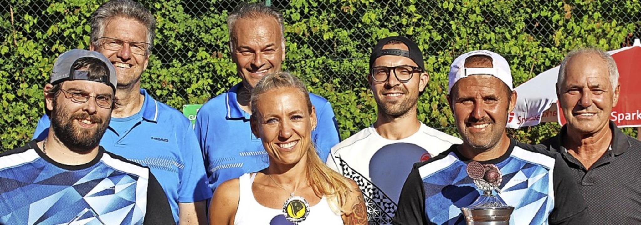 <BZ-FotoAnlauf>TC Langenau:</BZ-FotoAn...tsch und Florian Strütt (von rechts).   | Foto: Ralph Lacher