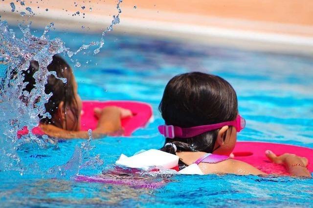Schwimmlehrer im Kreis Lörrach soll ein Kind sexuell belästigt haben