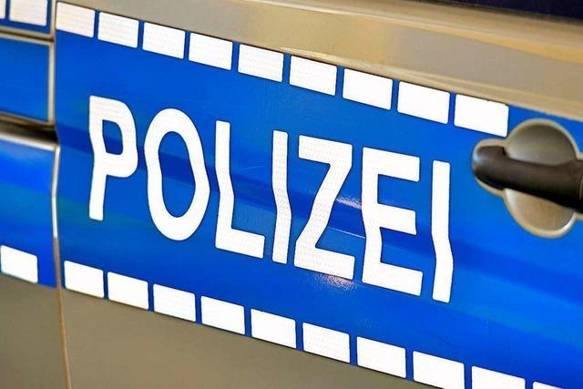 Ein 15-jähriger Junge in Lörrach soll umgestoßen worden sein