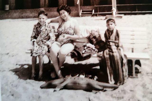 Ins Mittelmeer mit Schwimmkrokodil Emil aus der DDR
