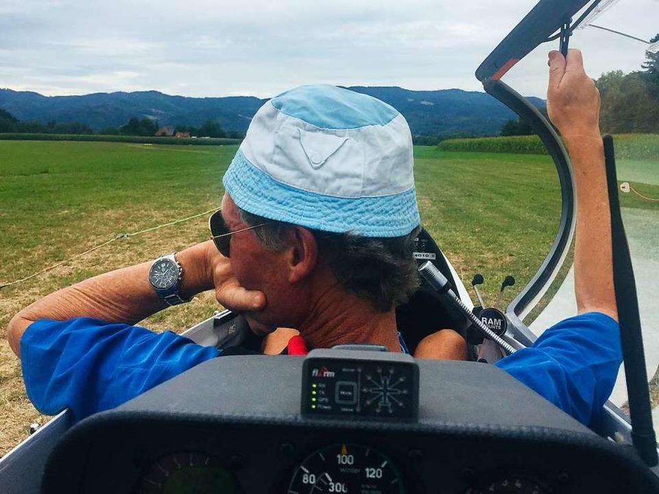 Ein guter Tag zum Fliegen, findet Pilot Nils Wiegmann.  | Foto: Gina Kutkat