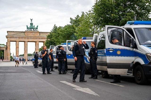 Berliner Polizei bereitet sich auf Demo gegen Corona-Politik vor