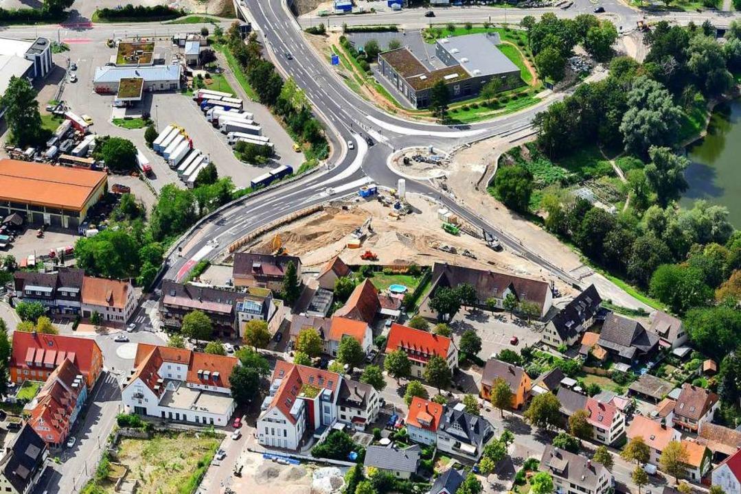 Im Zuge der Arbeiten für die Landesgar...chlussstelle wird derzeit umgestaltet.  | Foto: Erich Meyer