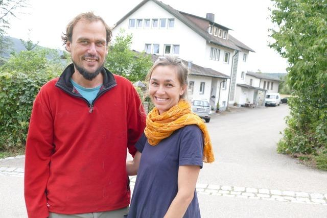 Junges Paar kauft trotz Corona ein Freizeitheim in Lenzkirch