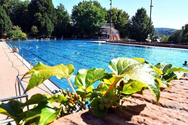 Fast 47.000 Gäste: Die Stadt ist mit der Badsaison zufrieden