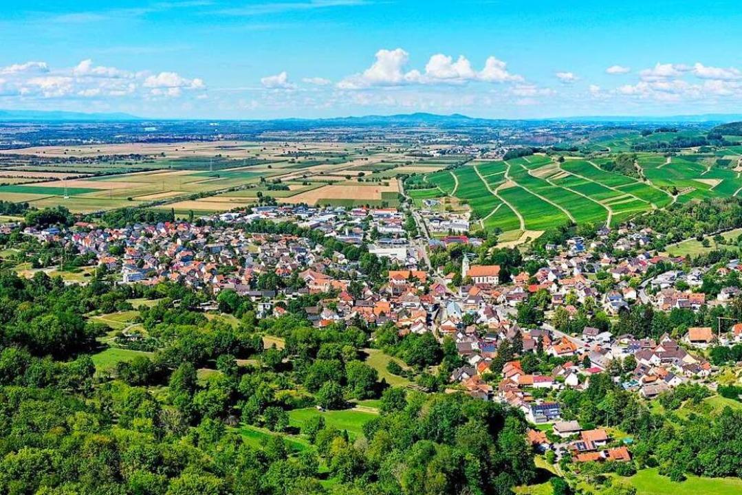 Schliengen liegt landschaftlich wunderschön im Markgräflerland.  | Foto: Matthias Weniger