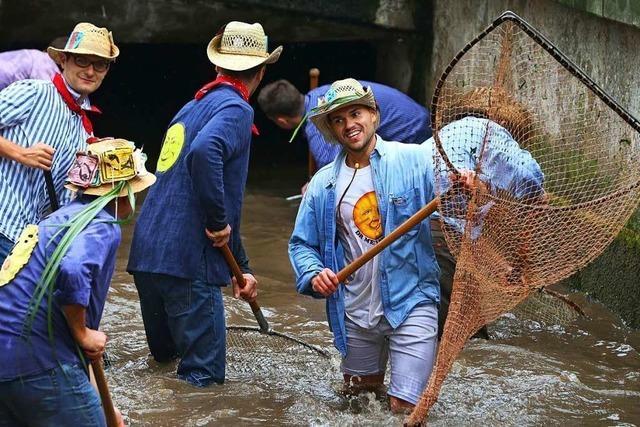 Beim Memminger Fischertag dürfen jetzt auch Frauen angeln