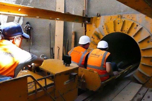 5 Meter unter der Erde werden im Freiburger Norden neue Kanäle gebaut