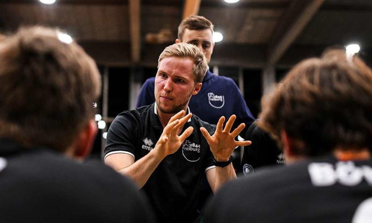 Wird auch weiterhin viele junge Spieler coachen: FT-Trainer Jakob Schönhagen  | Foto: Patrick Seeger