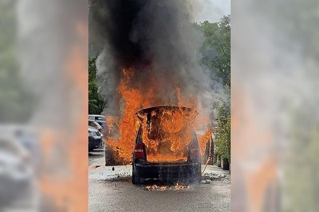 Fahrzeugbrand am Kastelberg