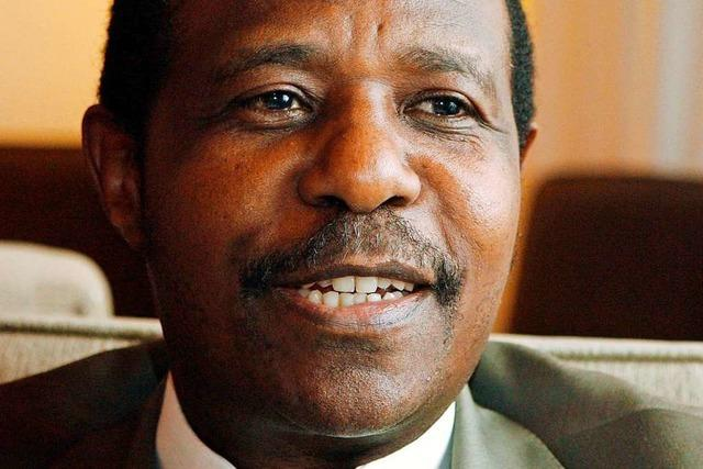 Volksheld Paul Rusesabagina in Handschellen