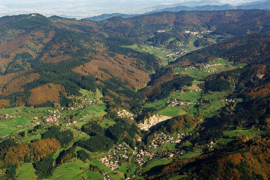 Ländliches Idyll Malsburg-Marzell? So ...re Kandertal aus der Vogelperspektive.  | Foto: Erich Meyer