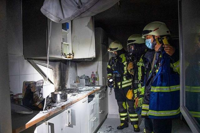 Essen auf Herd verursacht Küchenbrand in Müllheim