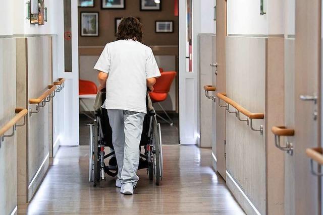 Kabinett will Rettungsschirm für Pflege verlängern