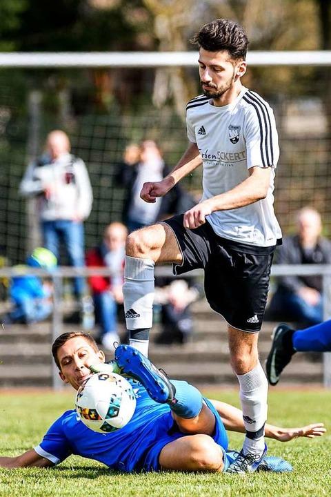 Damals Gegner, heute Teamkollegen: Ers...n damaligen Brennter Silvio Fratamico   | Foto: Gerd Gruendl