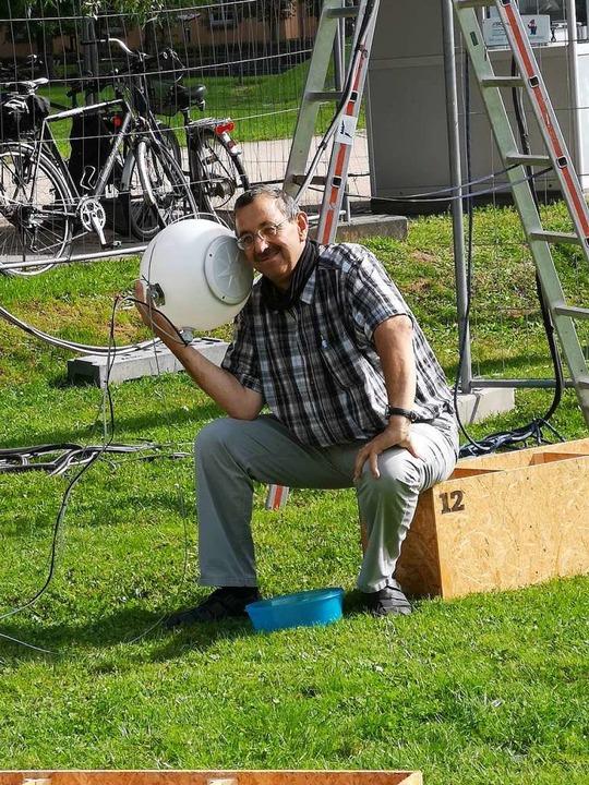 Hörprobe, ob der Lautsprecher funktioniert.  | Foto: Ralf Burgmaier