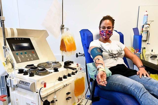 70 Genesene haben Plasma für Covid-19-Patienten in Freiburg gespendet